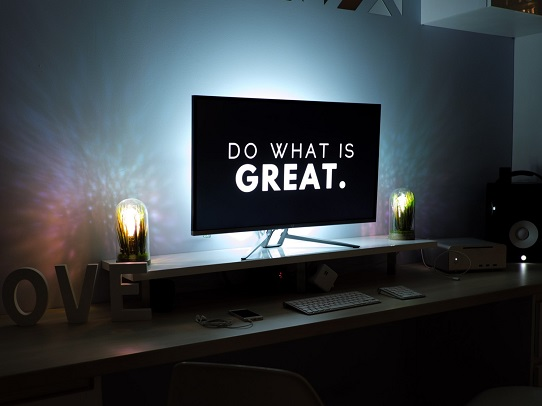 10 Tips for Designing Effective PowerPoint Presentations - keep it simple