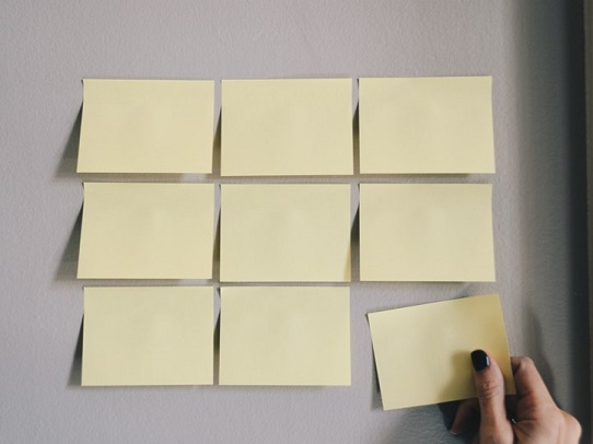 10 Tips for Designing Effective PowerPoint Presentations - create order with alignment